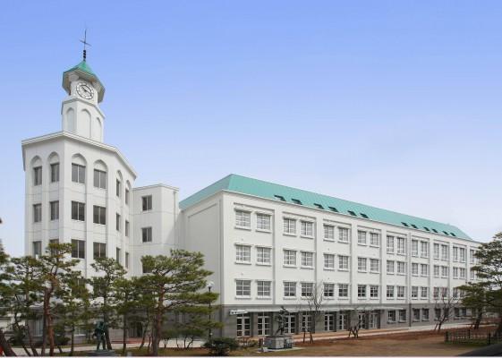 福井工業大学附属福井高等学校2号館