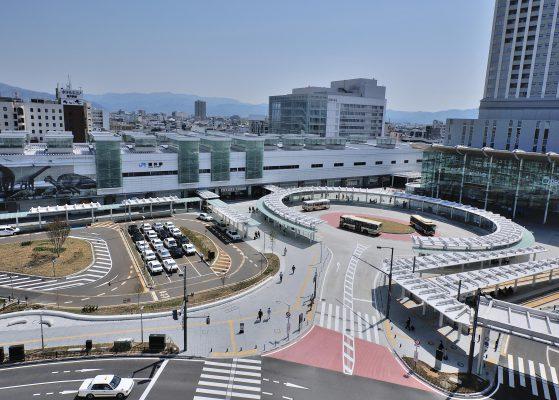 福井駅西口駅前広場シェルター